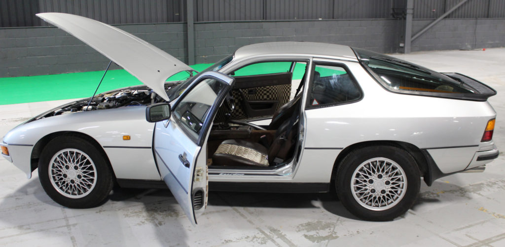 Porsche 924 - Vista laterale