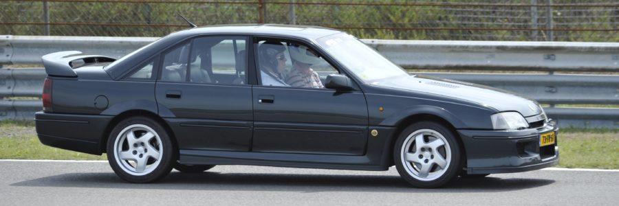 <b>Opel Omega</b>