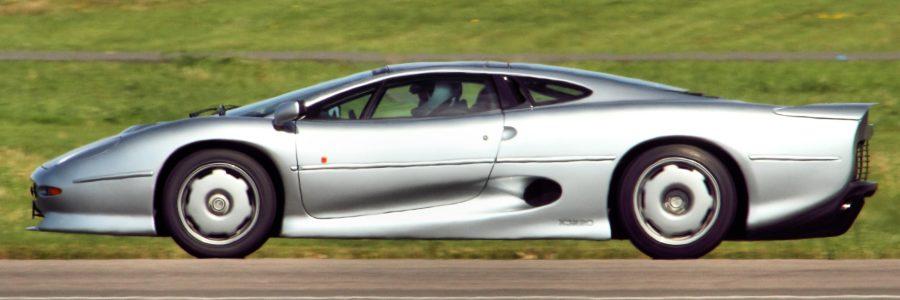 <b>Jaguar XJ220</b>