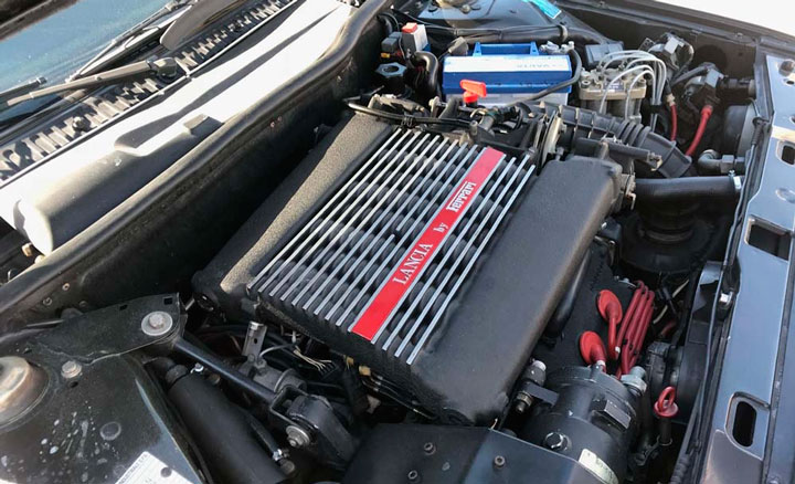 Lancia Thema 8.32 - Particolare del motore - Immagine Gulfblue.it