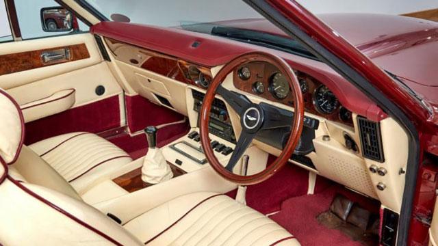 Aston Martin V8 Vantage Volante ex-Beckham - Immagine Aston Martin Works
