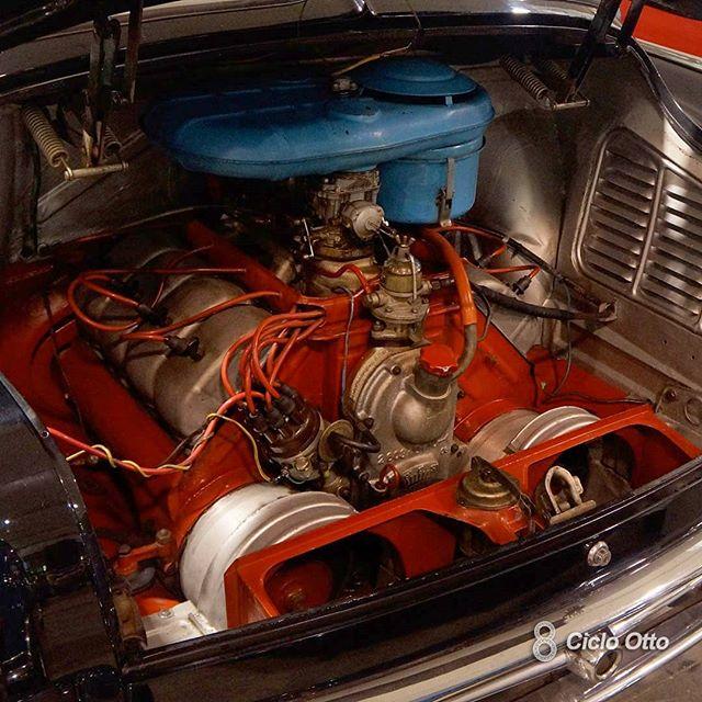 Tatra T603 - Particolare del Motore - Immagine Ciclo Otto