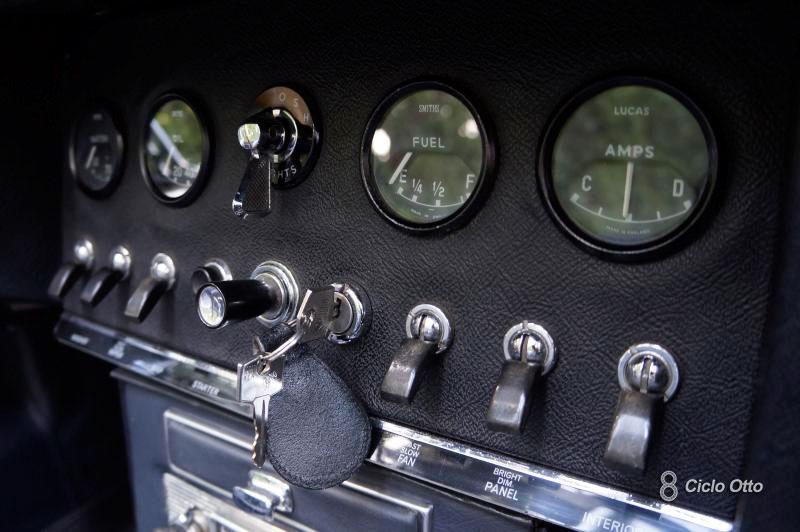 Jaguar E-Type - Dashboard