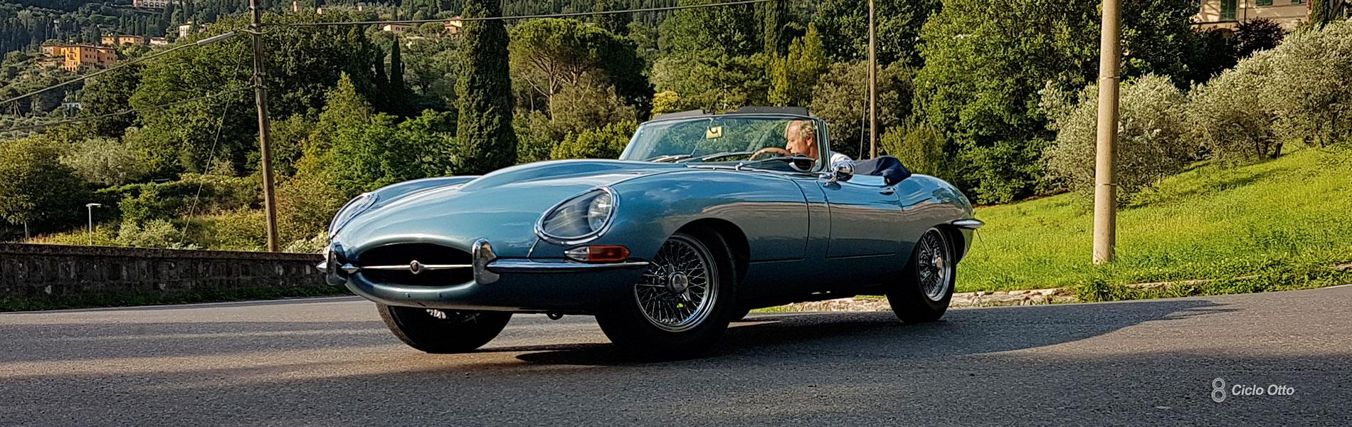 Jaguar E-Type OTS 1965 Opalescent Silver Blue