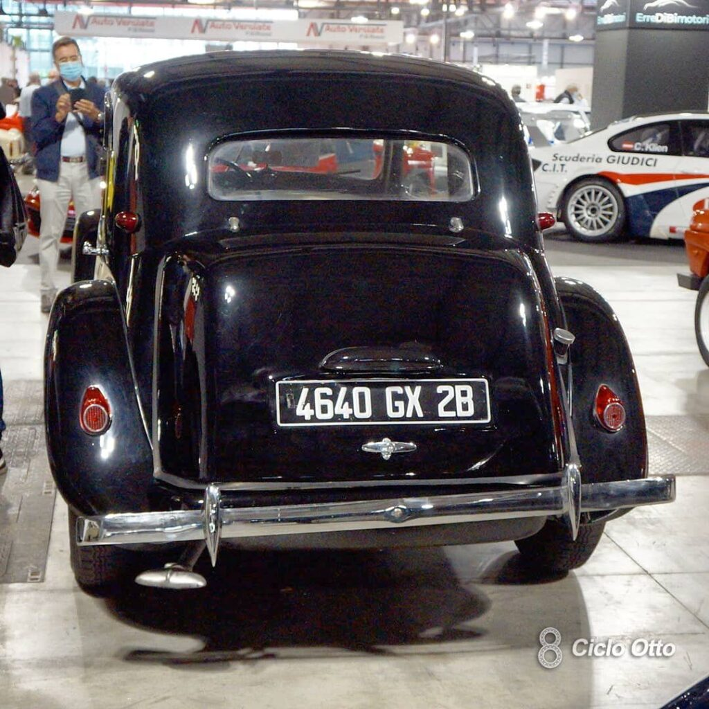 Citroën Traction Avant 11BL (1952) - © Ciclootto.it