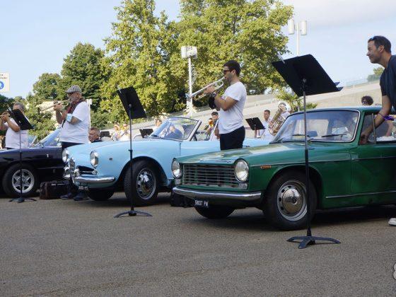 Italian Brass Week - La partenza in auto d'epoca - Immagine Ciclootto.it