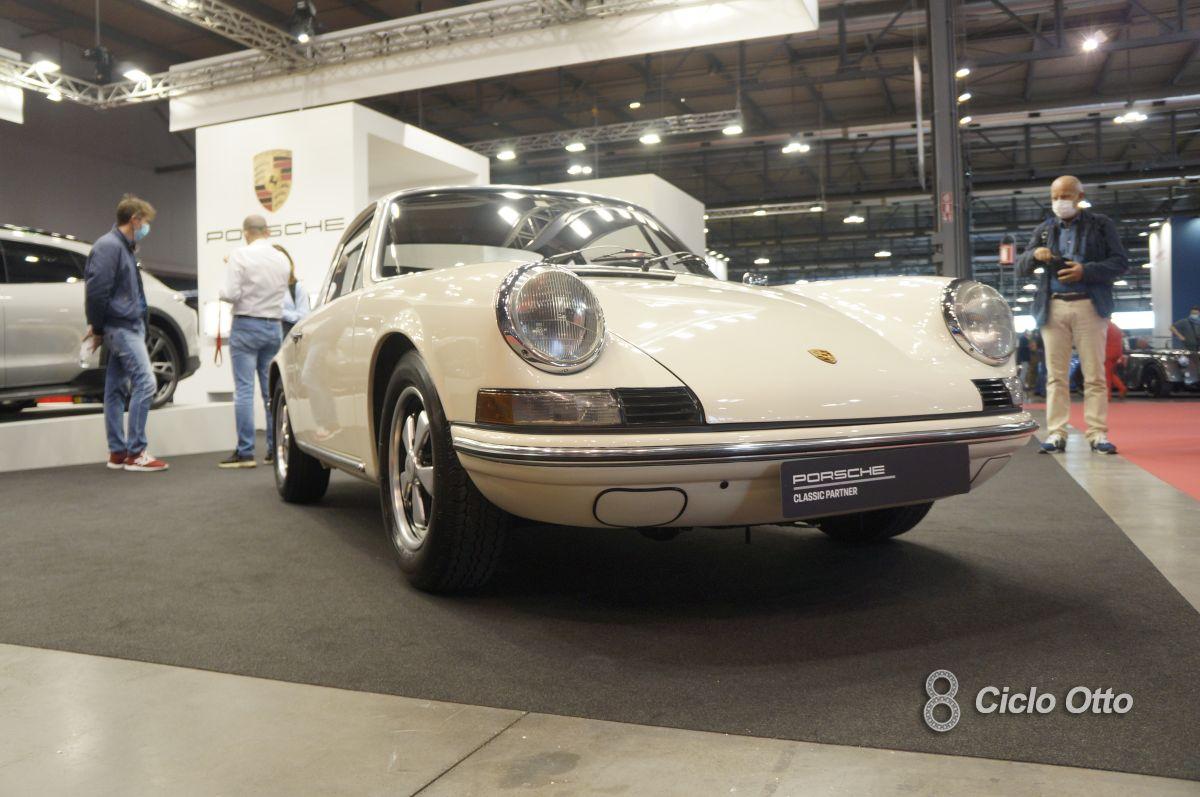 Porsche 911 T - Milano Autoclassica 2021 - Immagine © Ciclootto.it