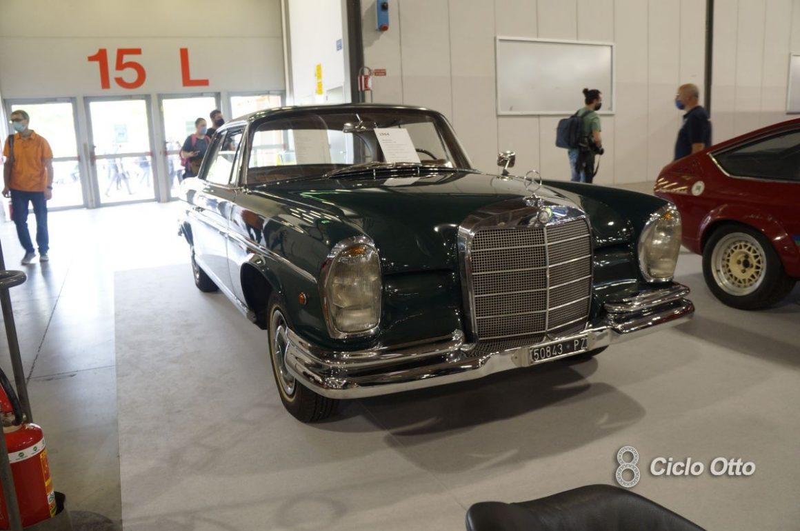 Mercedes-Benz 220SE - Milano Autoclassica 2021 - Immagine © Ciclootto.it
