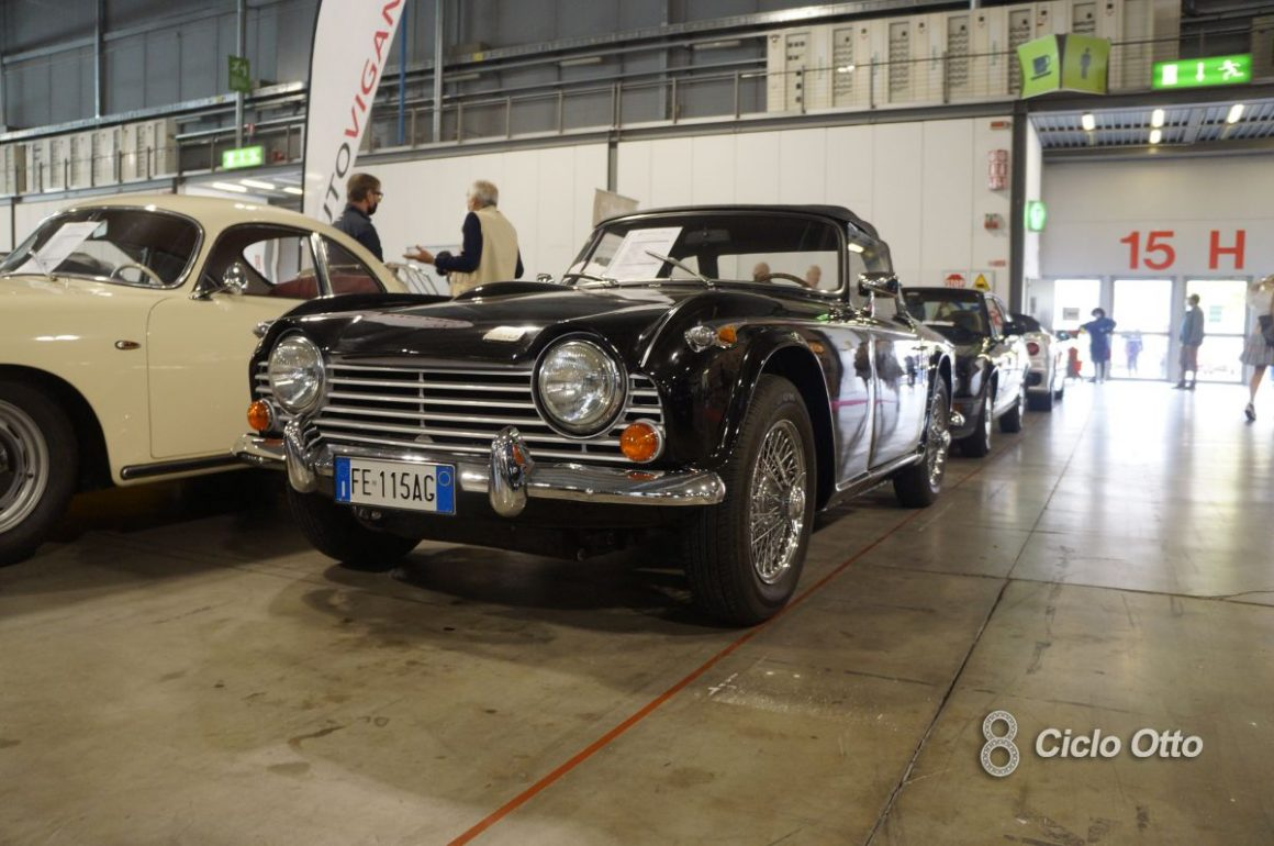 Triumph TR 250 - Milano Autoclassica 2021 - Immagine © Ciclootto.it